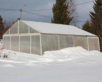 veksthuset om vinteren på lizas småbruk