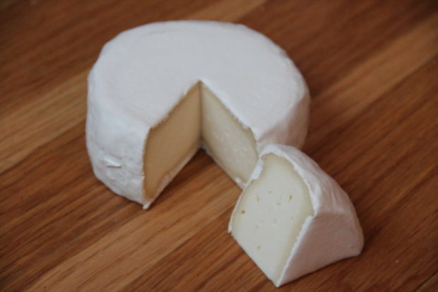 Oppskrift Camembert ost