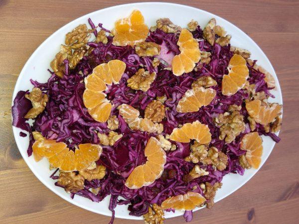 Rødkål, gulerøtter og klementiner – salat – oppskrift